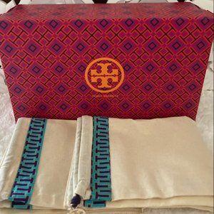 Tory Burch Shoe Box & Dust Bag. 👠👜